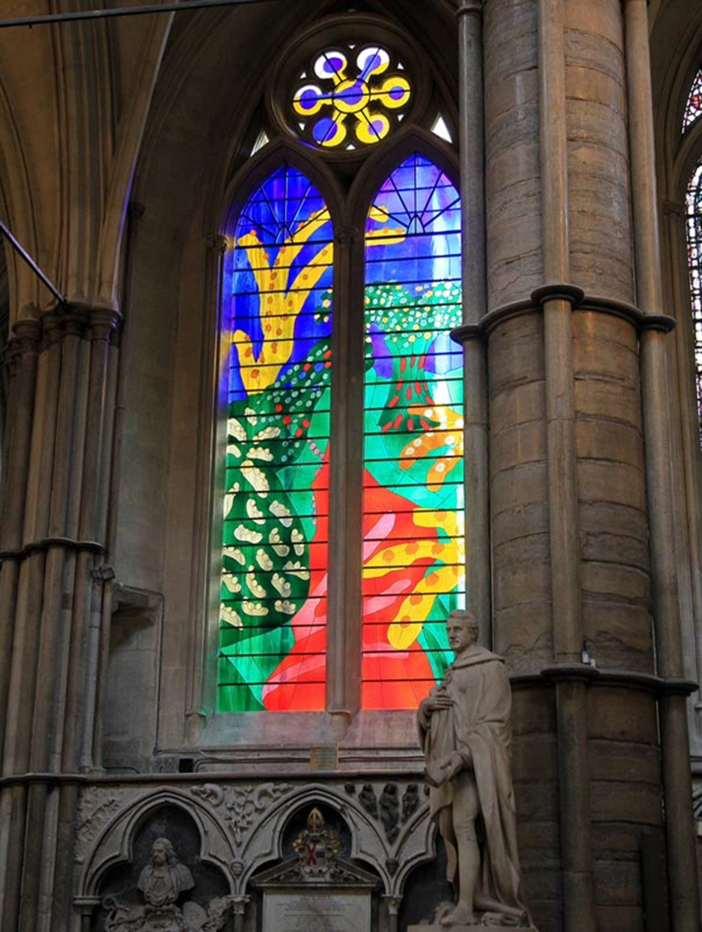 queens-window-north-transept-picture-partnership.jpg