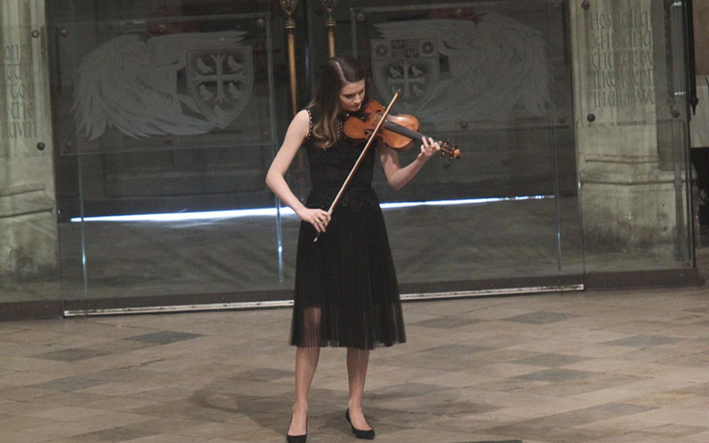 Courtenay Cleary plays Bch's Largo from Violin Sanota III in C