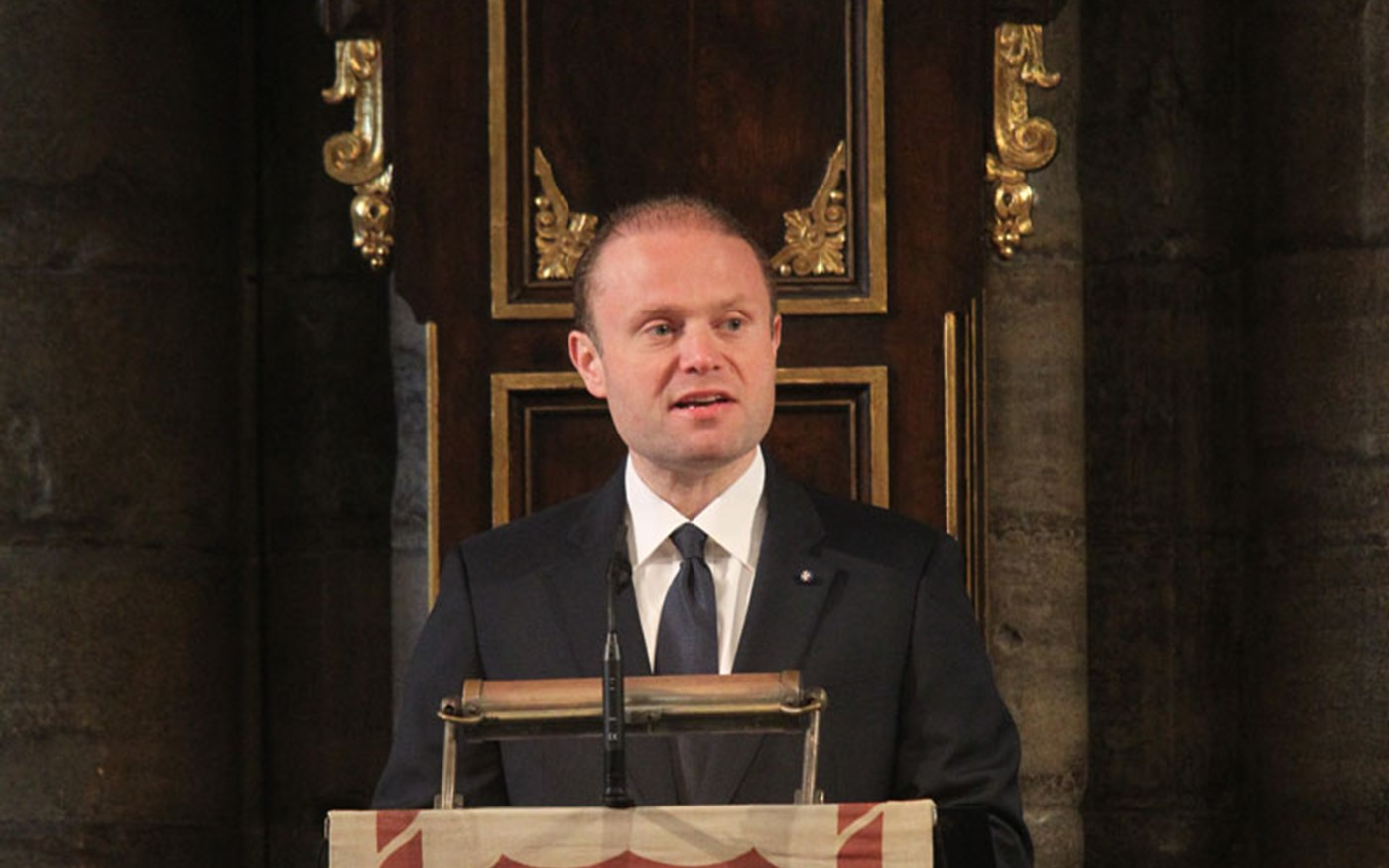 The Prime Minister of Malta and Commonwealth-in-Office, Dr Joseph Muscat KUOM, reads a reflection