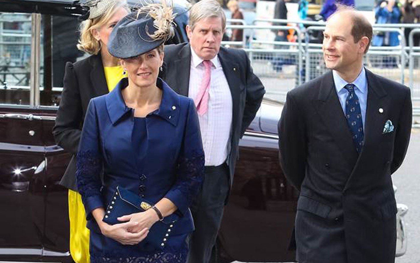 Their Royal Highnesses the Earl and Countess of Wessex arrive for the service of Thanksgiving to Celebrate the Diamond Anniversary of the Duke of Edinburgh's Awrd