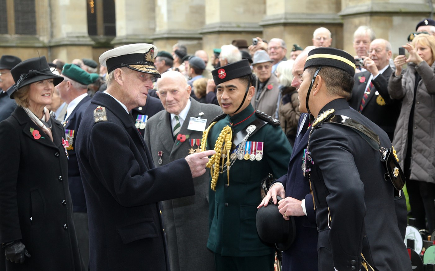 The Duke of Edinburgh tours the field and meets veterans