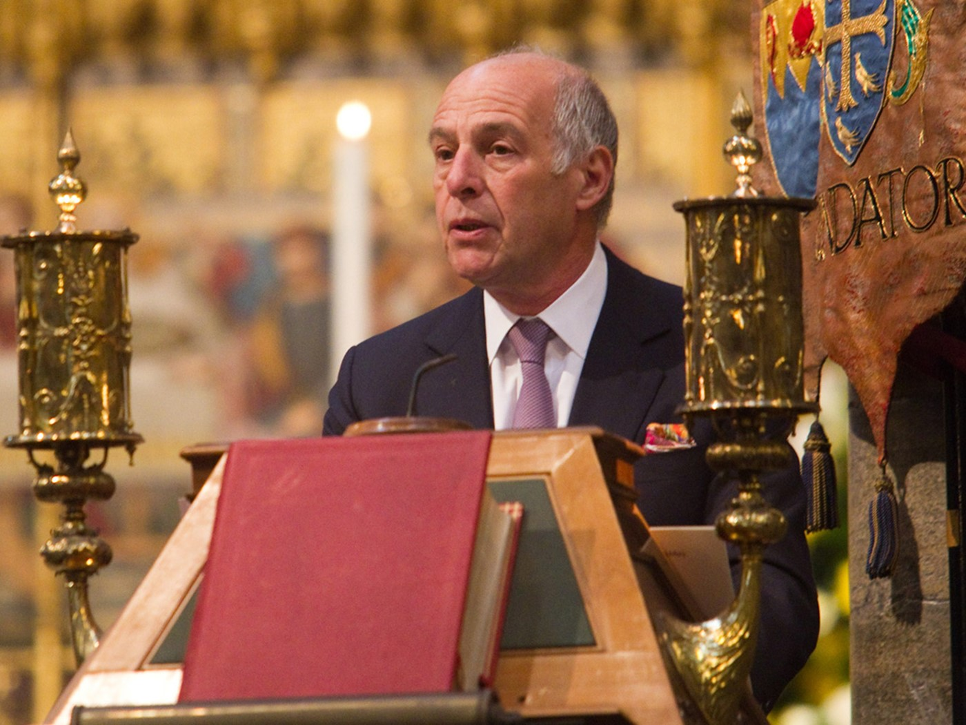 Dr Loyd Grossman CBE FSA, President, The Arts Society, reads a Testimony