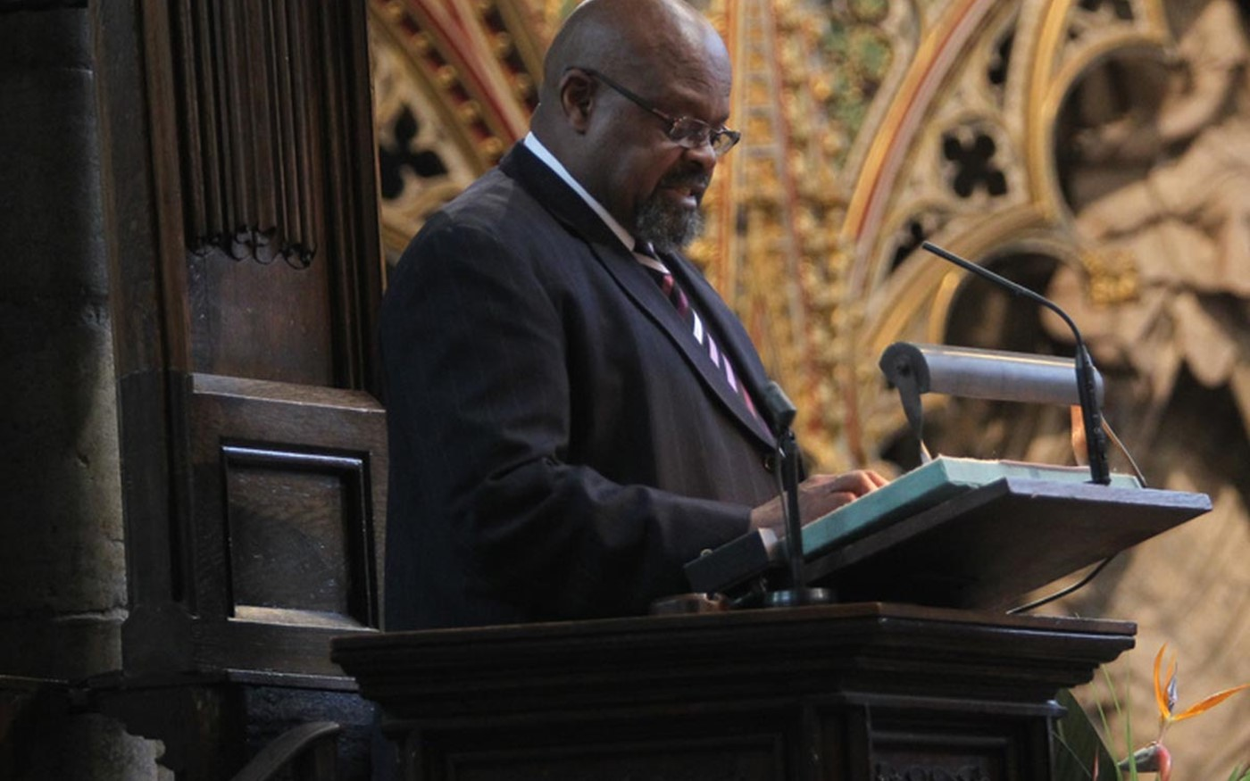 Obed Mlaba, High Commissioner of the Republic of South Africa reads Joshua 4: 1–7, 19–end