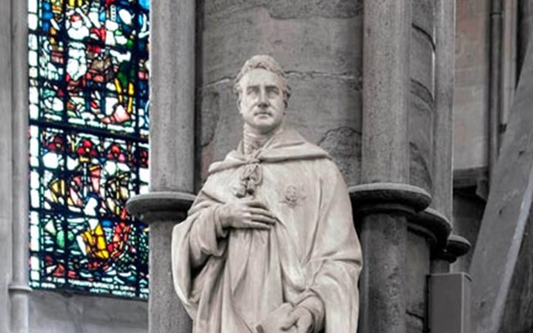 viscount-castlereagh-statue-westminster-abbey