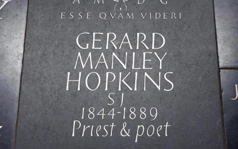 manley-hopkins-memorial-westminster-abbey